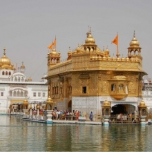 Golden Temple & Amritsar | History &Meaning | Index
